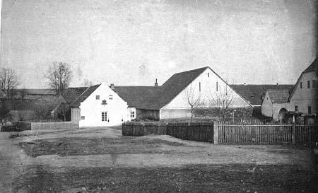 160 let pošty v Křelovicích u Pelhřimova V. - Rodina poštmistra Hartla
