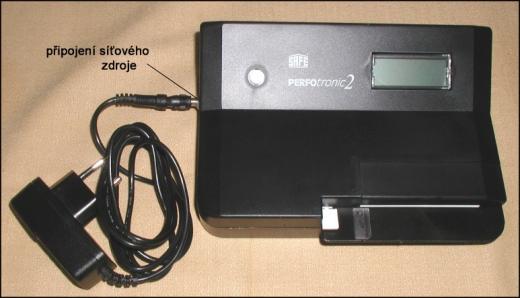Perfotronic 2 - přístroj pro měření zoubkování poštovních známek - elektronický zoubkoměr