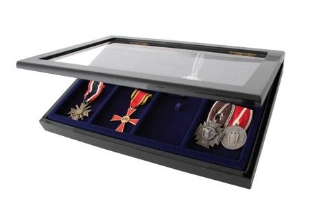 Vitrína na odznaky a medaile SAFE 5926